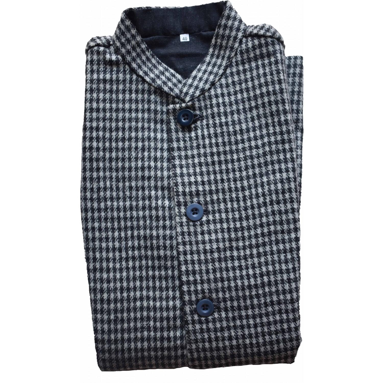 Jaacket Ladies 40 no. 100% Handloom Merino Wool 2/20 Black and White